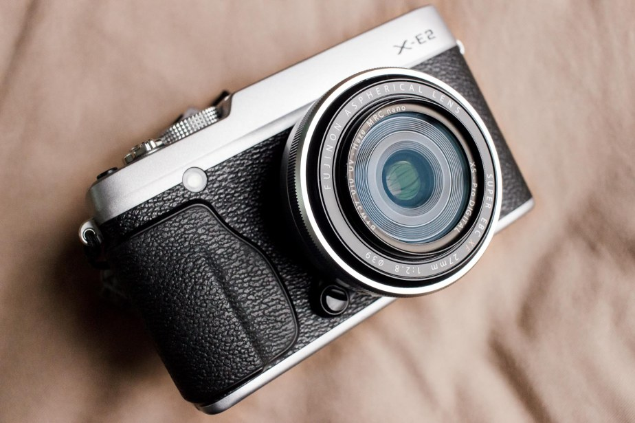 Fuji X-E2 + XF27mm