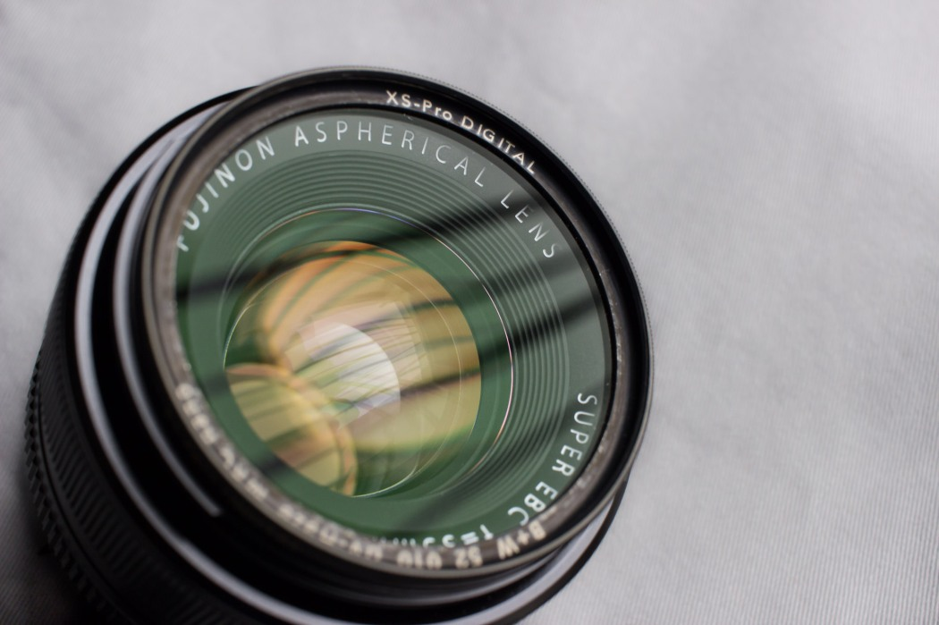 Fuji XF35mm F1.4. UV filter to avoid dust and fingerprints.